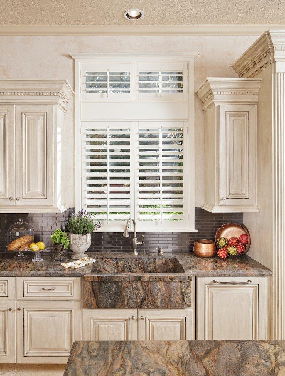 15_W_Isle_Place_kitchen_02
